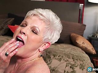 Older Jewel sucks and copulates 20something penis